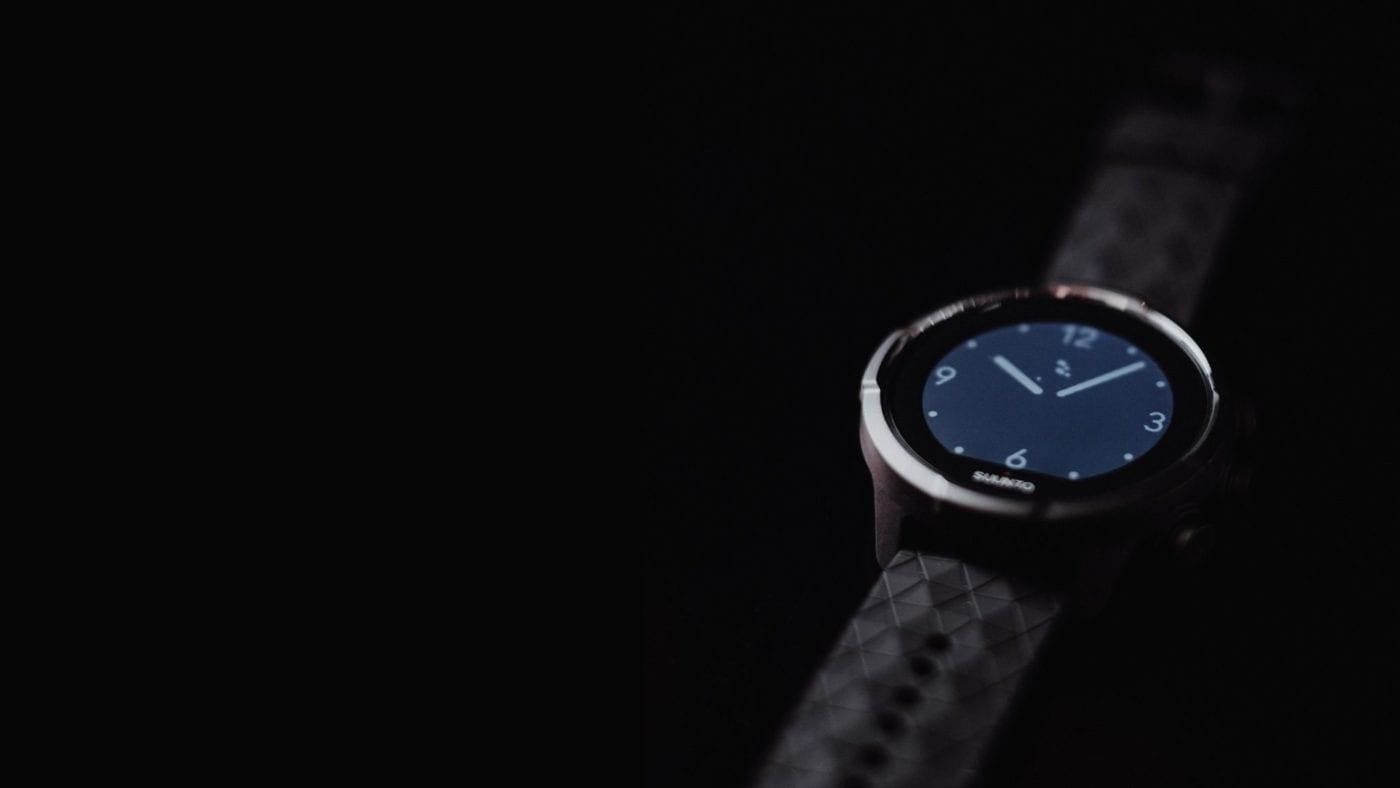 suunto 9 baro titanium sport pulkstenis - watch face classic - hor