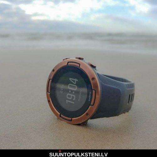 Suunto 5 vai suunto 9 - pulsometrs jūras krastā